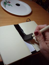 bookbinding-moleskine-paint-spine